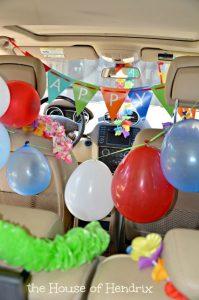 سورپرایز تولد با تزئین ماشین